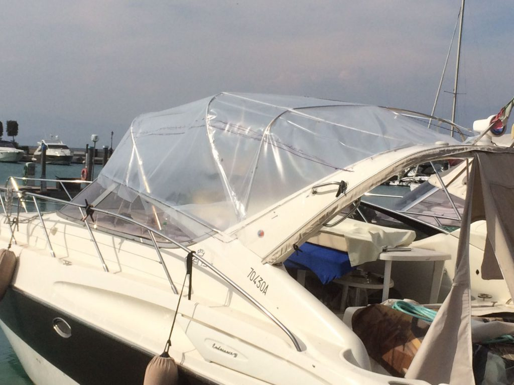 rifacimento interni barca nautica tappezzeria verona